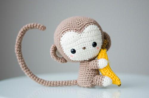 patron mono amigurumi instrucciones