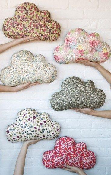 Almohadones y cojines nubes y gotas costura patrones for Cojines de nubes