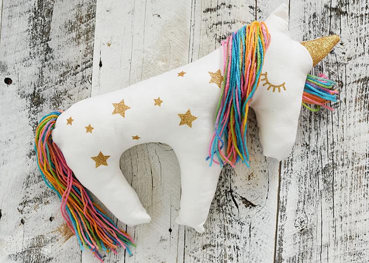 Cojín con forma de #unicornio hecho de... - Del crochet al cielo ...   528x740