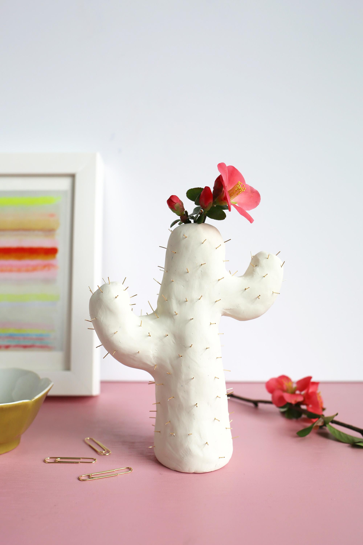 Florero-cactus hecho de arcilla polimérica – DIY – Comando Craft