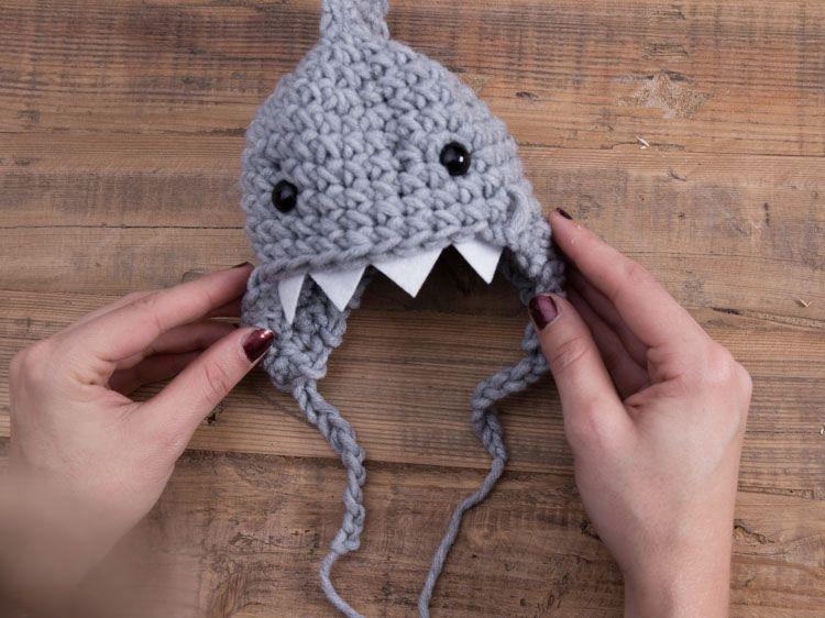Hermosa Crochet Patrón De Zapatillas De Tiburón Elaboración - Ideas ...