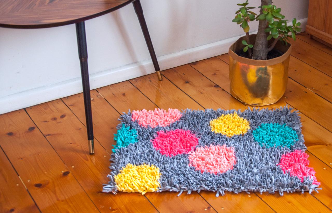 Alfombra con trapillo paso a paso comando craft - Tutorial alfombra trapillo ...